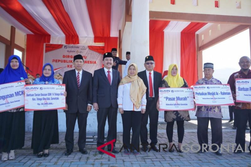 BUMN Hadir - BUMN Serahkan Berbagai Bantuan Di Gorontalo