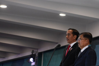 AIIB Tawari Jokowi Pinjaman 1 Miliar Dolar