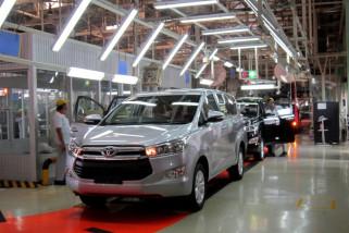Toyota Akan Buat Mobil Listrik di Pabrik China