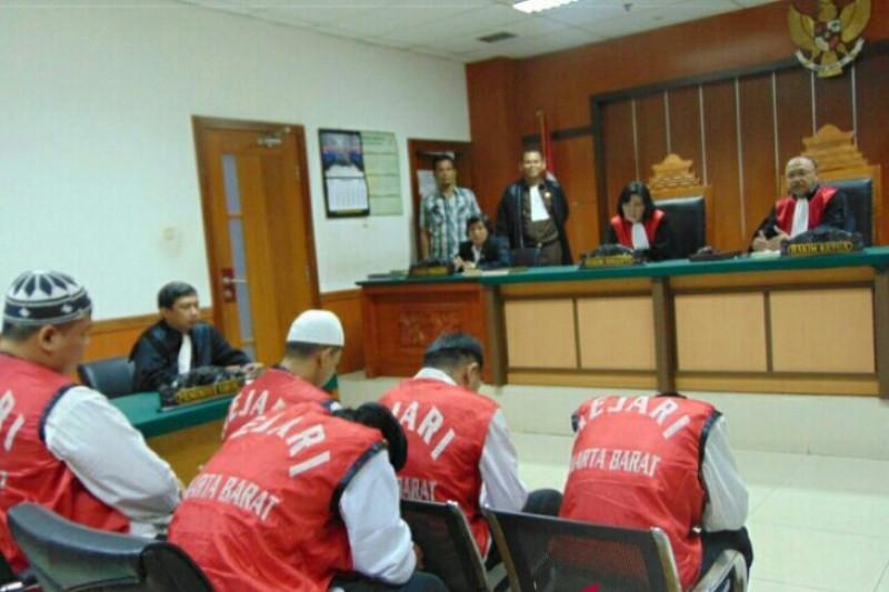 JPU Tuntut Hukuman Mati Terdakwa Penyelundup 1,3 Ton Ganja