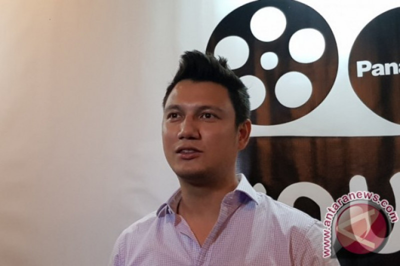 Christian Sugiono Sebarkan Perilaku Hidup Bersih Lewat Medsos