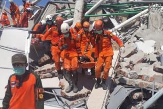 Pengungsi Korban Gempa-Tsunami Di Palu Butuh Makanan