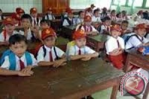 Disdik: SD dilarang gelar tes penerimaan siswa