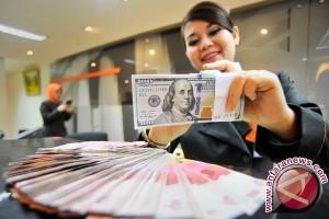 Rupiah Senin sore menguat Rp13.261 per dolar