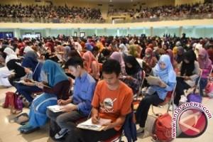 Calon mahasiswa termuda Universitas Airlangga berusia 14-15 tahun