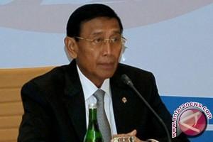 Pelaku teror bom Medan belajar dari internet