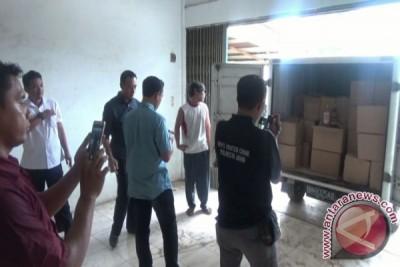 Polda Jambi gerebek gudang minuman keras ilegal