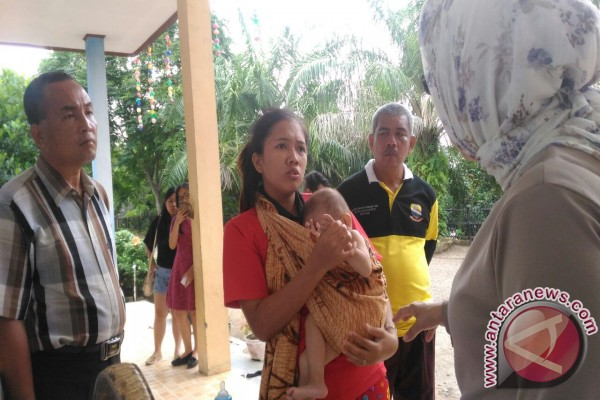 Balita menderita kelainan jantung tinggal di tenda pengungsian
