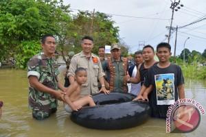 Walikota Jambi salurkan 1.300 paket bantuan banjir