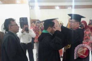 Universitas Jambi kukuhkan empat guru besar