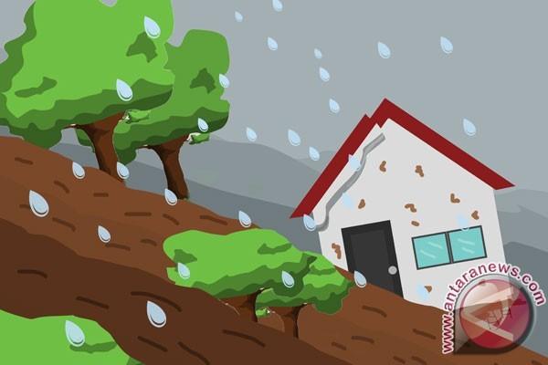 BMKG: intensitas hujan tinggi waspada banjir longsor
