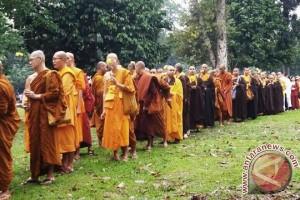Ratusan biksu hadiri Perayaan Waisak di Jambi