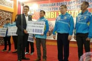 Pelatih Jambi tolak bonus PON 2016