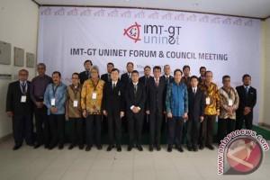 Rektor Unja hadiri IMT-GT Uninet Forum
