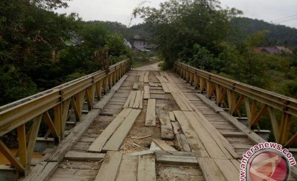 Pembangunan jembatan Muara Mensao terancam batal