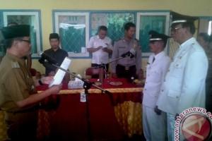 Dua desa di Limun resmi berganti pimpinan