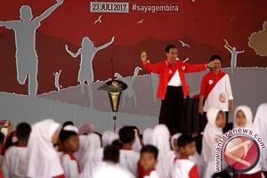 Sulap Jokowi demi anak Indonesia yang gembira