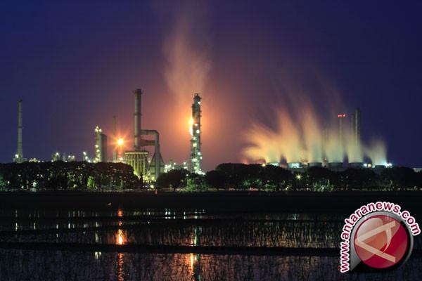 Harga minyak menguat setelah Saudi akan kurangi ekspor