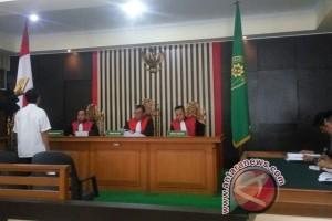 Satu saksi hadir sidang korupsi baleho