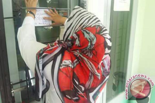 Bupati Muaro Jambi segel puskesmas kosong