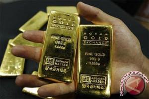Harga emas turun tipis tertekan penguatan