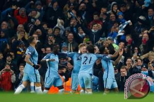 Manchester City gulung Stoke City skor 7-2