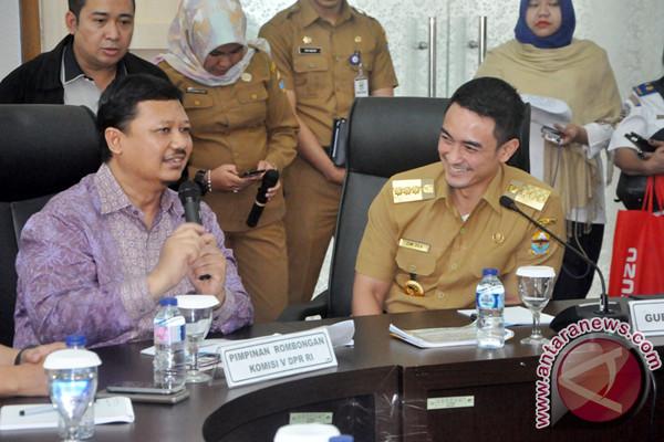 Zola Janjikan Penyelesaian Tapal Batas Provinsi