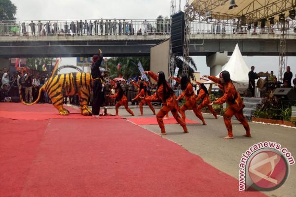 Tarian Harimau Ubah Suasana Festival Jadi Mistis