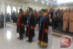 Universitas Jambi kukuhkan tiga guru besar (Video)