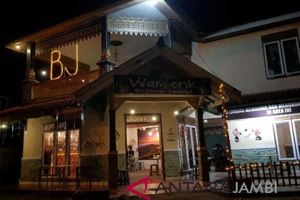 """""""Waroenk Bujang Jambi"""" oase Jambi"""