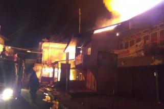 Kebakaran hanguskan 256 ruko dan lapak