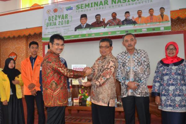 Seminar Nasional Gebyar Unja 2018