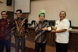 Pemkab Batanghari studi banding ke Medan.