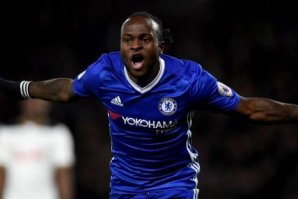 Gol Moses bawa Chelsea menang atas Burnley