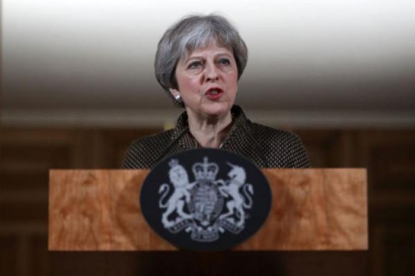 Inggris akan larang penjualan sedotan plastik