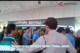 Bandara Jambi antisipasi bentrokan