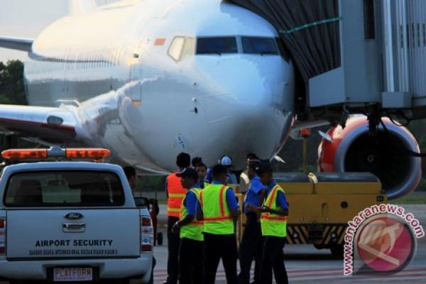 Hati-hati berkata bom di pesawat
