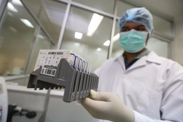 Lab Mikrobiologi Bio Farma bantu industri makanan dan kesehatan