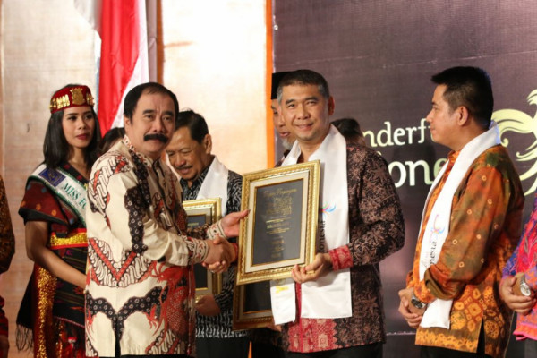 "Wali Kota Jambi peroleh ""Wonderful Indonesia Tourism Award 2018"""