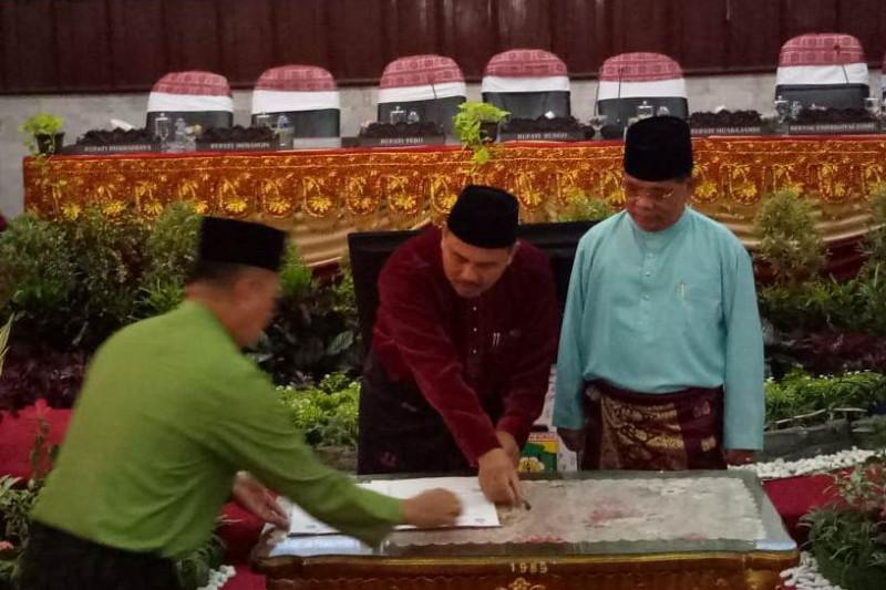 Unja teken MoU dengan Pemkab Bungo