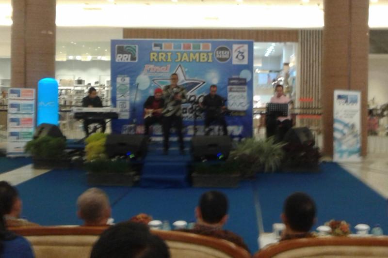 Ari-Risky wakili Jambi ke pemilihan Bintang Radio tingkat nasional