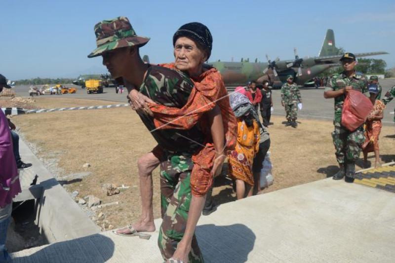 Tentara hadir dan berperan pulihkan duka Sulteng