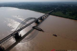 Jalur kapal batubara di Sungai Batanghari masih dievaluasi
