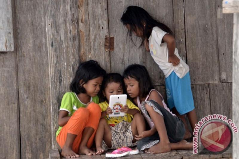 Pengaruh gawai tantangan kaum ibu mendidik anak, kata ulama