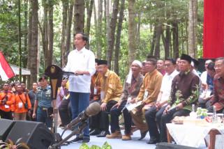 SAD Batin Sembilan terima SK pengakuan Perhutanan Sosial dari Jokowi