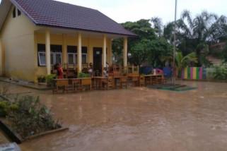 UAS pelajar SDN 222 ditunda akibat banjir