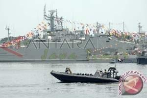 Presiden Saksikan Demontrasi Kekuatan Persenjataan TNI AL
