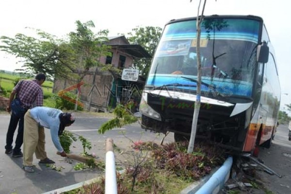 Satu Orang Tewas Akibat Kecelakaan di Ngawi