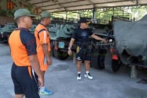 Danmenart-1 Marinir Cek Material Tempur Jelang HUT TNI