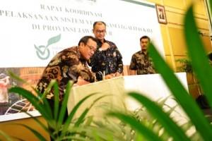 Pemerintah Fasilitasi Sertifikasi Legalitas Kayu di Jatim